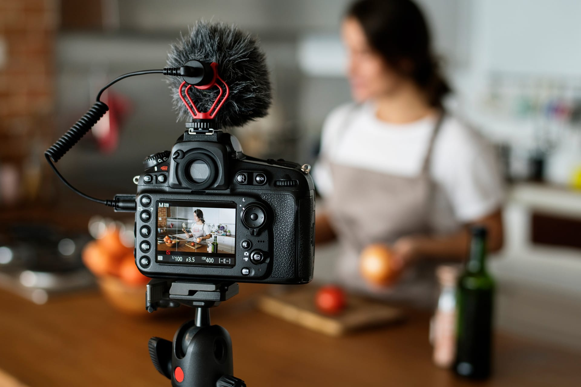 7 Ways Live Streams Can Help Your Small Business Build Brand Recognition